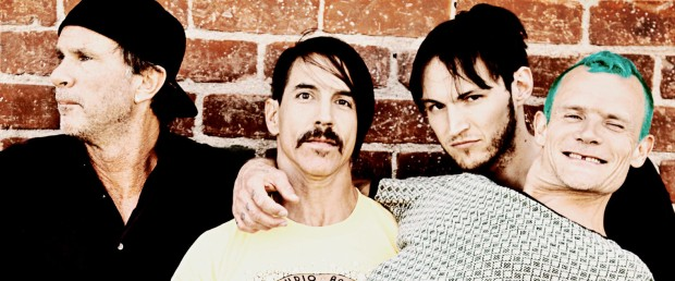 red-hot-chili-peppers-1580x658